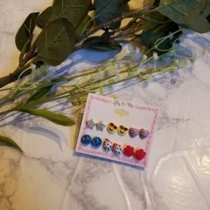 Jewelry - NWT 6 Pairs of Earrings Star Heart Flower Smiley
